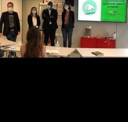 Durant le mois de Septembre, nos étudiants de MBA Management de projet, innovation et technologie divisés en plusieurs groupes de dix, participent à des séminaires intensifs appelés Hackathons, organisé par EDF Pulse & You pour construire collectivement une offre multimodale dans la mobilité électrique décarbonnée